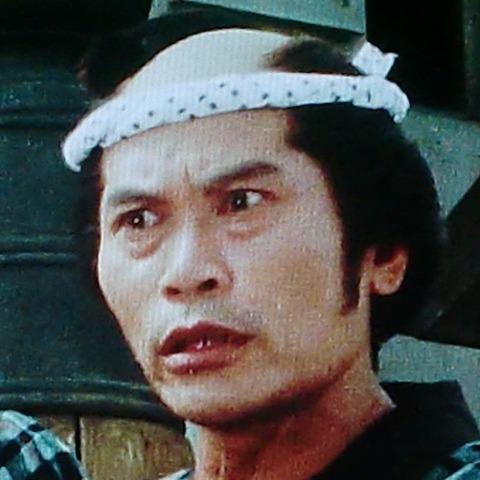 小峰隆司 (60)