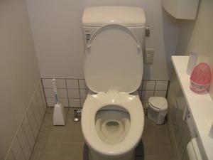 ファミリーマート姶良西餅田店トイレ