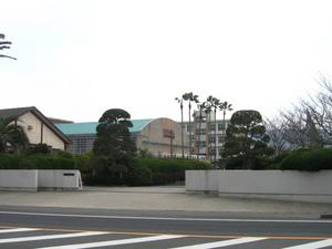 鹿児島県立蒲生高校正門