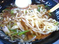 一軒目 醤油ラーメン平太麺