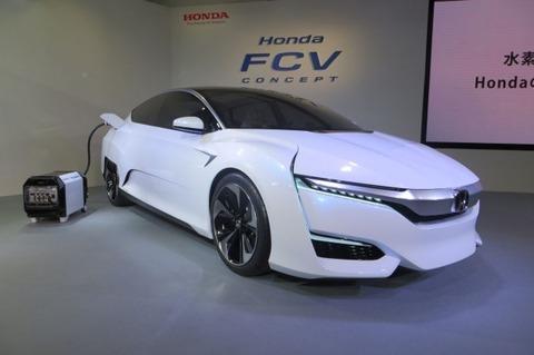 Honda-FCV_41-618x411