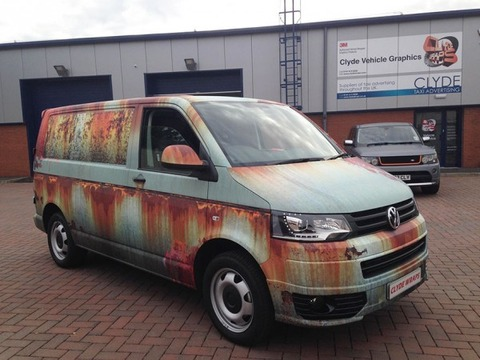 rusty-car-vinyl-wrap-vw-van-clyde-wraps-2-600x450