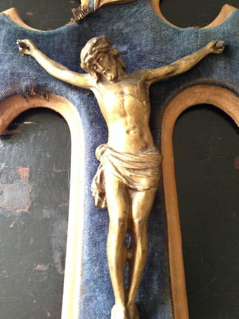 磔のキリスト像