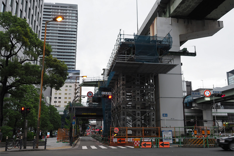 信濃橋渡り線工事中
