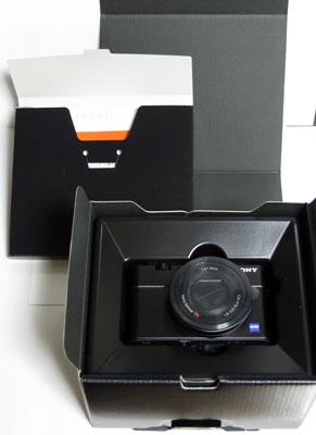 DSC-RX100_02