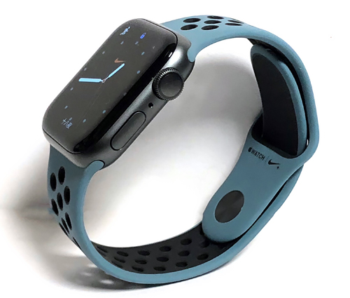 AppleWatch4Nike70