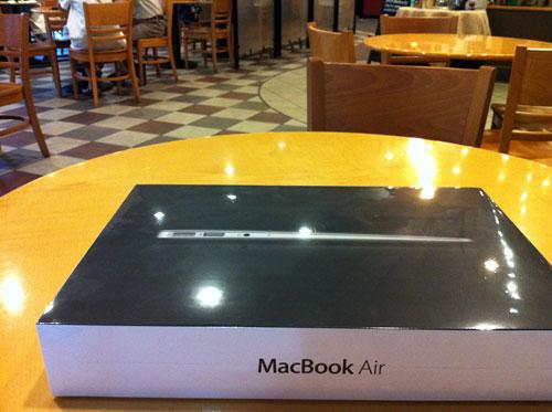 MacBookAir2011mid_03