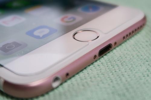 iPhoneGlassFilmNagomi07