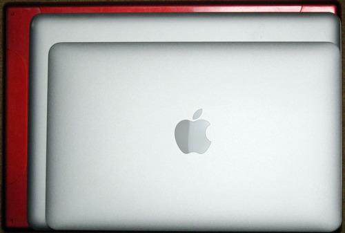 NewMacBookAir11Compare1