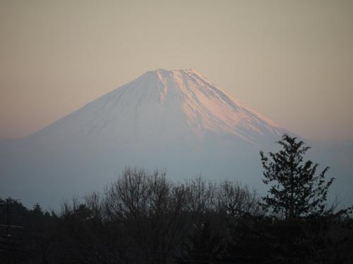 残照に染まる富士山 from 小淵沢 by DMC-G1