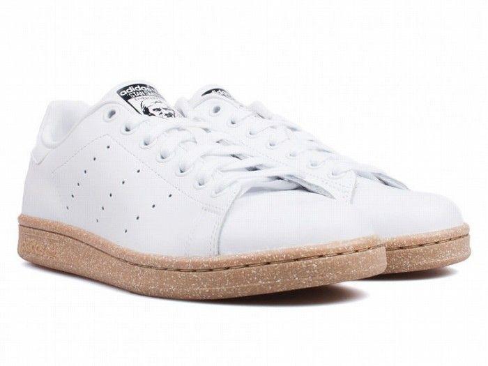 Adidas-Stan-Smith-_whtgum_-3_1024x1024-762x572