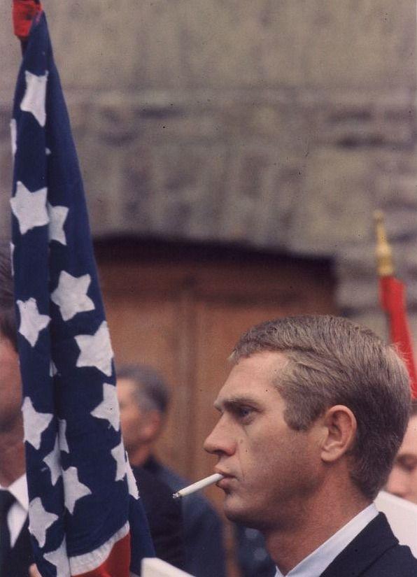 steve-mcqueen-flag