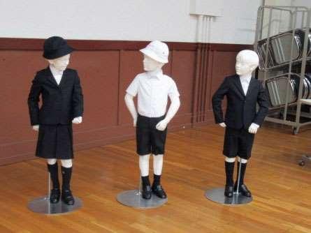 小学校アルマーニ制服
