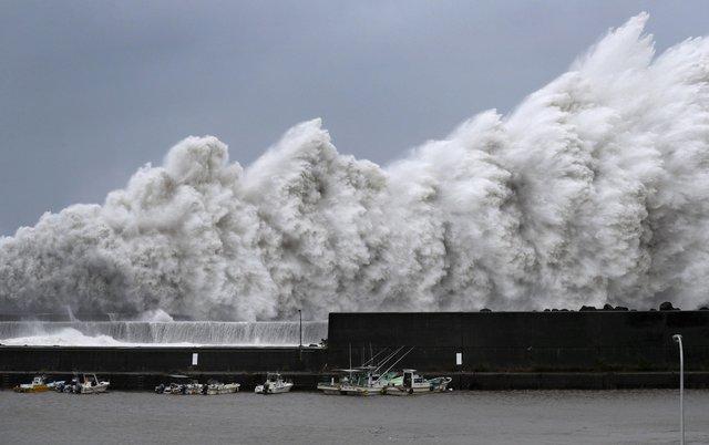 台風21号高潮
