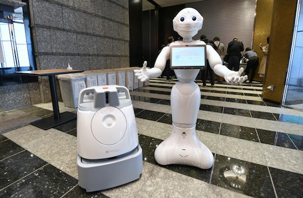 PepperロボットとWhizロボット_cnn