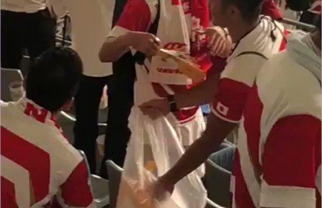 ラグビーW杯 日本人ファンのゴミ拾い