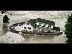 カナダのアルバータ州の洪水