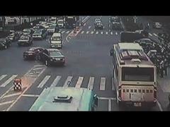 中国ベンツBMW親子喧嘩