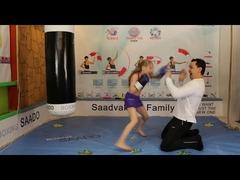 少女8歳ボクシング