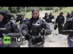 女性警官隊コロンビア