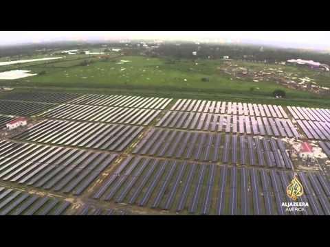 太陽電池コーチ空港