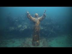 海底のキリスト像