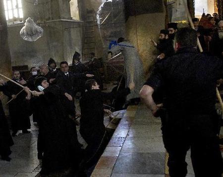 パレスチナ キリスト生誕の地 司祭100人 大乱闘