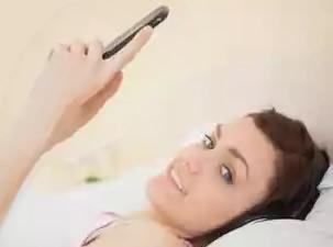 寝ながらiPhone5sを操作する場合