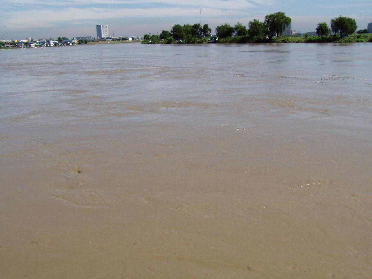 河川増水01