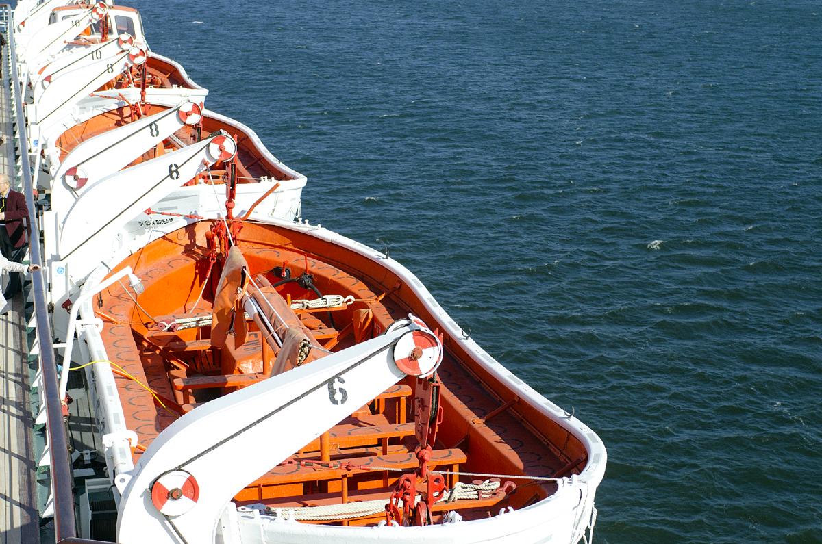 旅客船のイメージ3(救命ボート)
