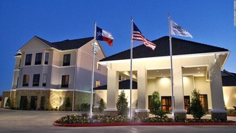 man-worked-texas-hotel-32-hours-imelda-trnd-super-169