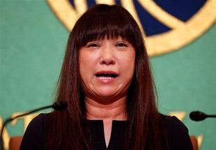安田純平さん妻Myuさん、政府に早期救出を要求 「一番の鍵を握っているのは日本政府だ」