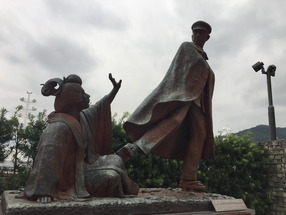 熱海の貫一お宮像に女性教授が強い抗議 「女性虐待。恥ずかしくて外国人に見せられない。撤去しろ」