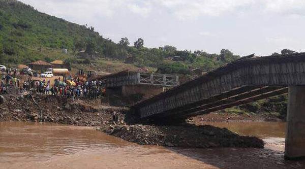 COLLAPSED-SIGIRI-BRIDGE
