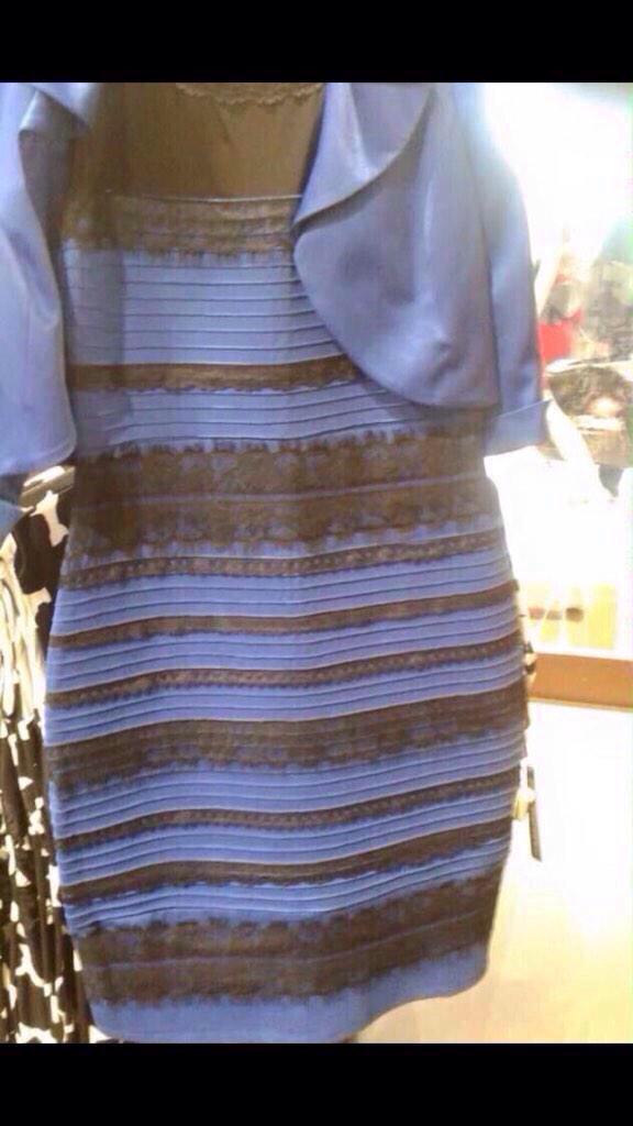 054f83a02eaa7 どう見ても白とゴールドにしか見えなかったのに   42 見てからもう一回見たらどうやっても青と黒にしか見えなくなった 不思議!