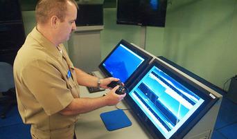 米海軍の原子力潜水艦「コロラド」、Xboxのコントローラー導入