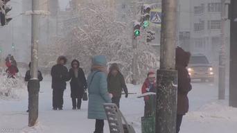 ロシアで氷点下65度の大寒波 ロシア人「セーターや靴下などを身に着けるようにしています」