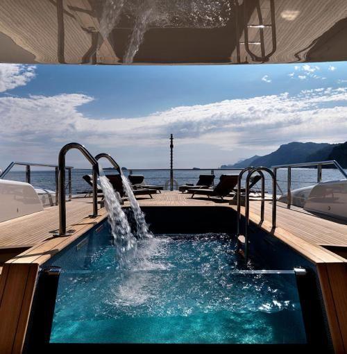serene-yacht-6