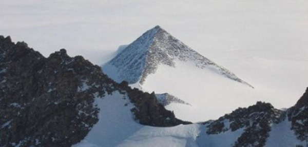 ruins-of-ancient-city-found-in-antarctica-01
