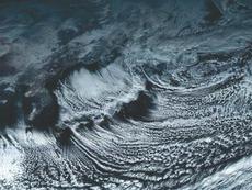 【画像】 「ひまわり8号」が撮影した日本上空のカラー画像がすごすぎると話題に