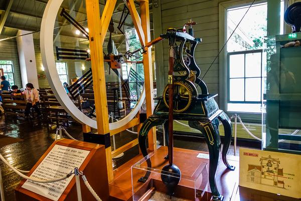 時計台の機械式時計
