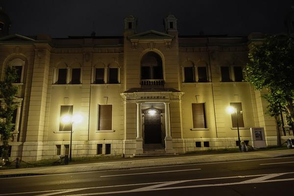 夜の日本銀行旧小樽支店