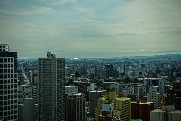 テレビ塔から札幌ドームを望む