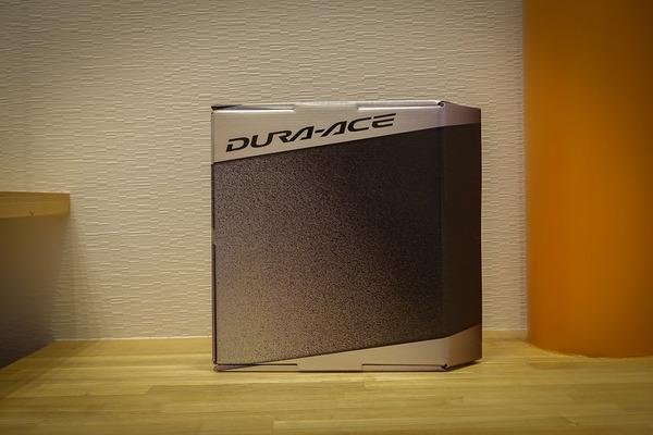 DURA-ACEクランクセット外箱