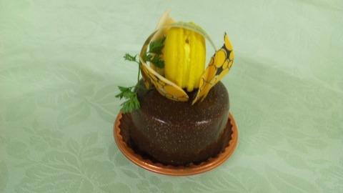 湘南ゴールドのチョコレートケーキ460円
