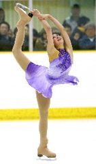 フィギュア少年女子で初優勝した浅田舞のフリーの演技=苫小牧市沼ノ端スケートセンター