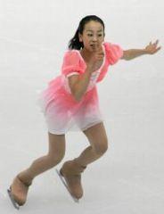 浅田真央 ピンクの衣装でシニアデビュー戦2位