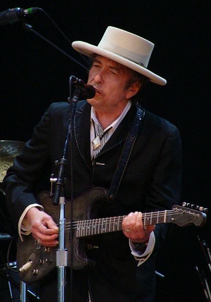 419px-Bob_Dylan_-_Azkena_Rock_Festival_2010_2