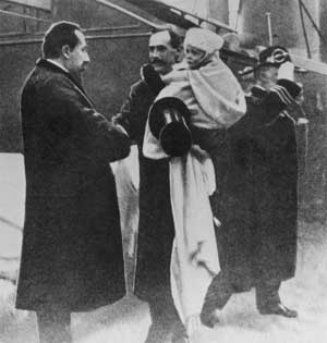 Kong_Haakon_ankommer_Norge_1905