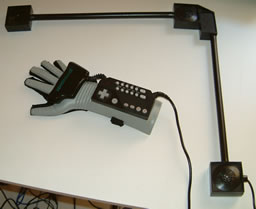 Power_Glove_2